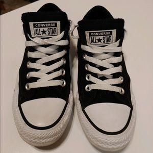 Black converse size 61/2